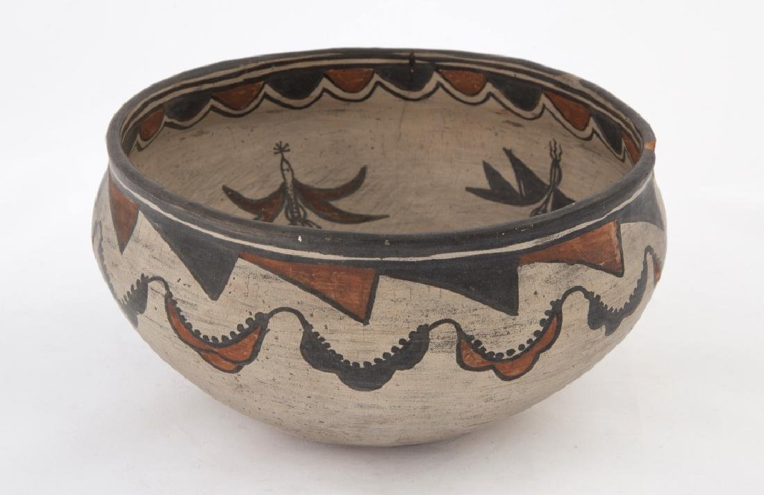 Native American Zuni Pot