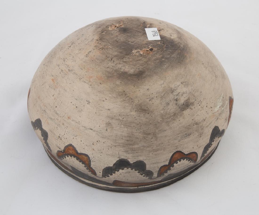 Native American Zuni Pot - 3
