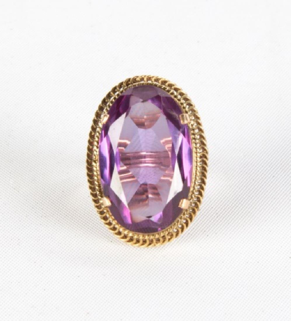 31.5 cts Flame Fused Synthetic Color Change Sapphire