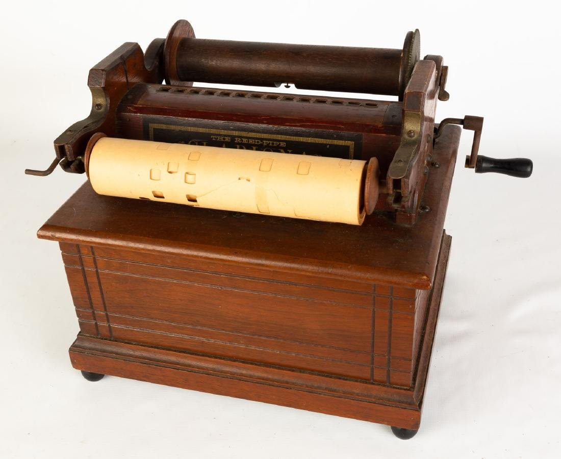 Clariona Reed Hand Organ