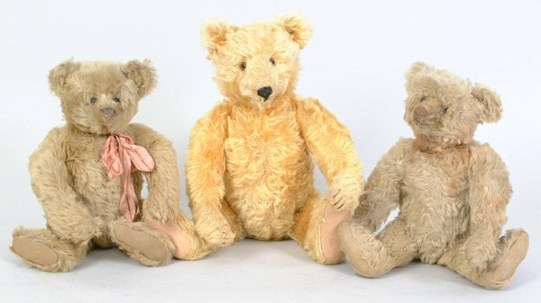 1013: Steiff Golden Mohair Bear