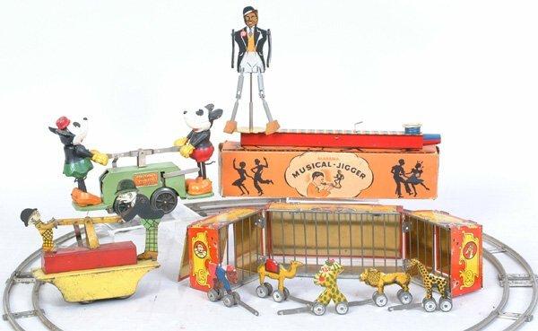 1024: Tin Circus Wagon w/animals