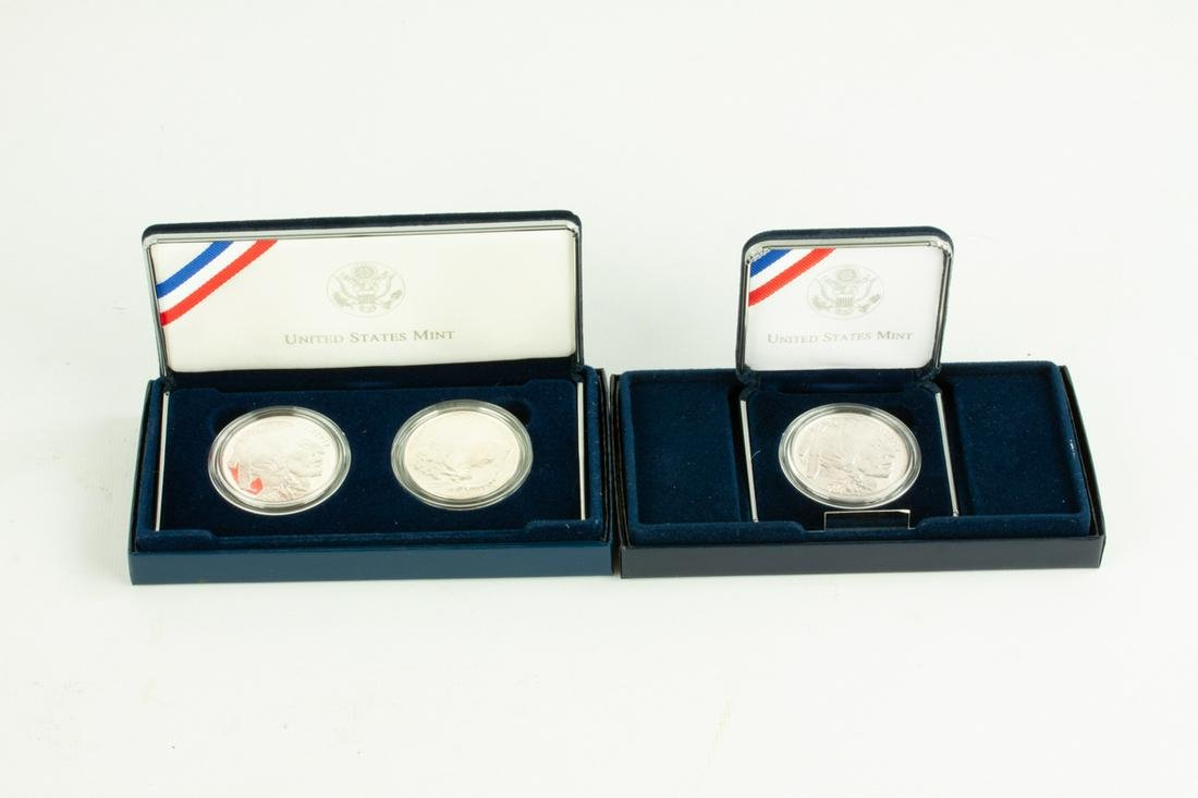 Three 2001 US American Buffalo Commemorative  Silver