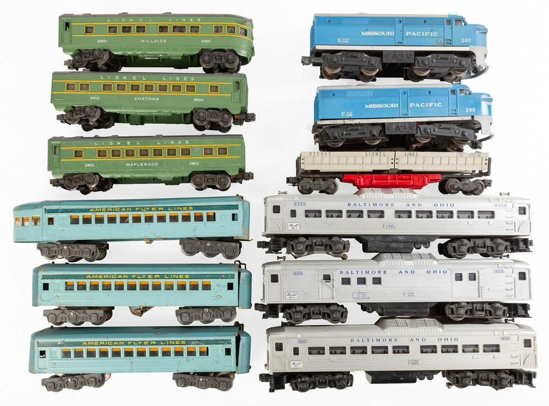 Post War Lionel & American Flyer Train Sets
