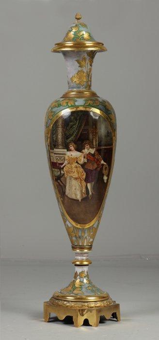 7: Fine Monumental Royal Vienna Porcelain Vase