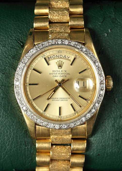 Rolex Oyster Perpetual Day Date 18k Gold   Diamond Men  eb51f0b784cf