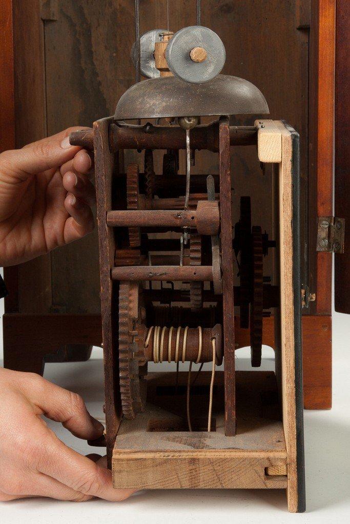 Very Rare Dr. Titus Merriman Shelf Clock - 4
