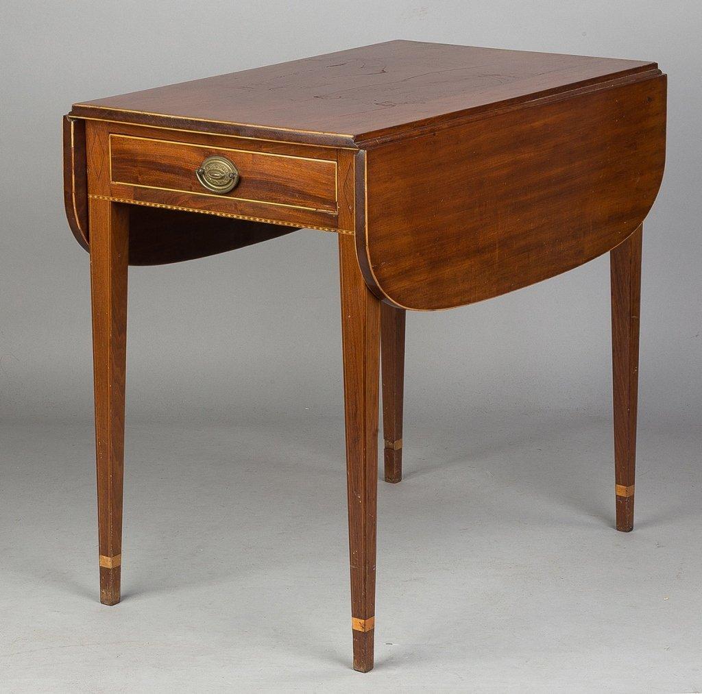 Hepplewhite Inlaid Mahogany Pembroke Table