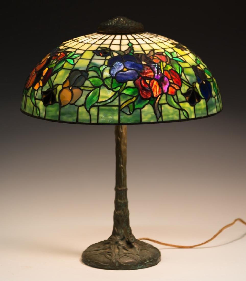 "Tiffany Style ""Pansy"" Lamp"