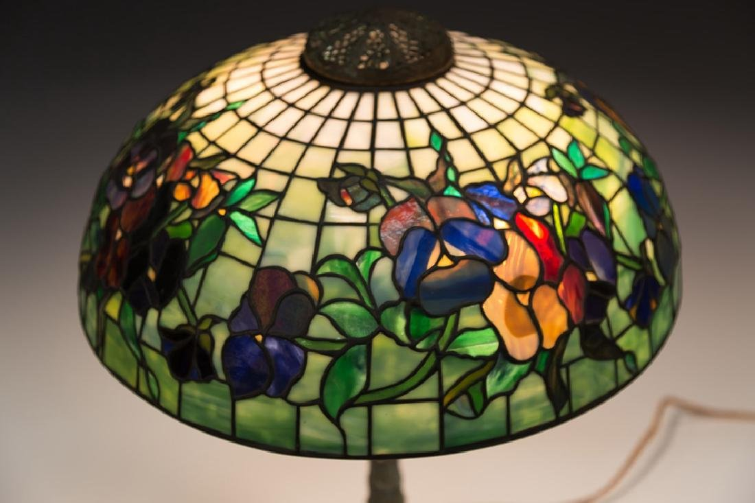 "Tiffany Style ""Pansy"" Lamp - 4"