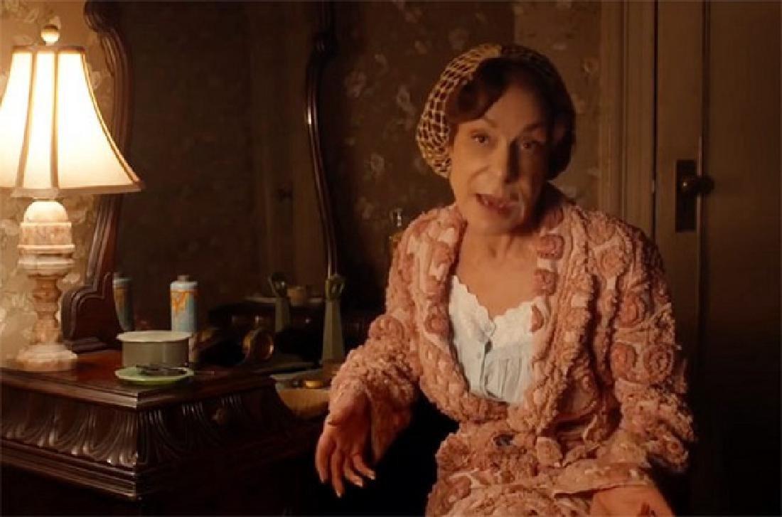 Café Society Roses' (Jeannie Berlin) Movie Costumes - 2