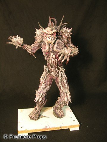 14: STAR KID - Beast Maquette and Spikes