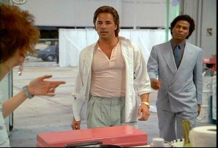 547: Don Johnson Jacket and T-Shirt from Miami Vice - 5