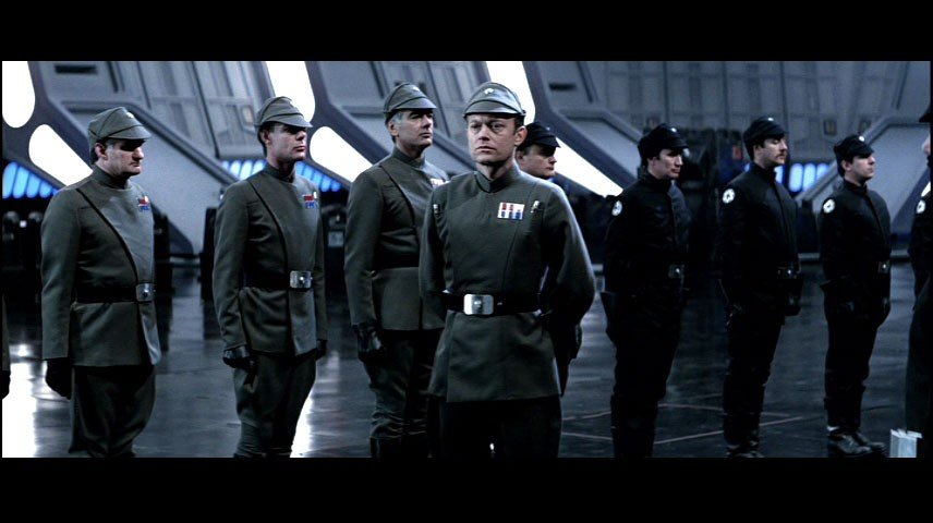 568: Screen Worn Stormtrooper Officer Gloves from Retur - 3