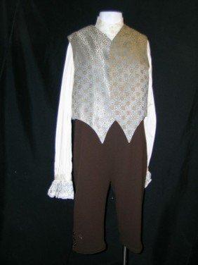 4: Mirror Mirror Brighton's (Nathan Lane) Costume
