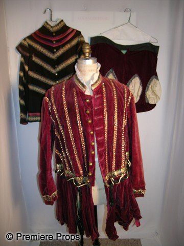 1509: Lot of Medieval Suits