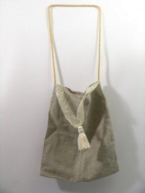 14: Mirror Mirror Snow White's (Lily Collins) Prop Bag
