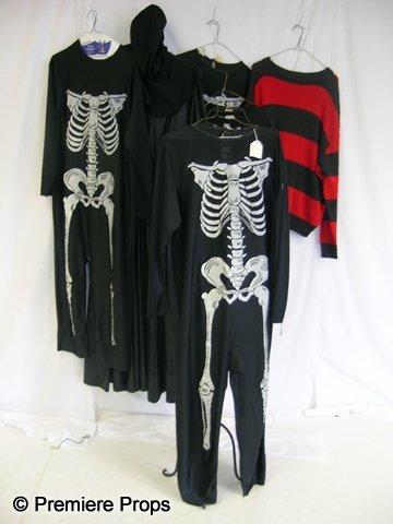 1129: Lot of Horror Costumes: Freddy Krueger/Executione