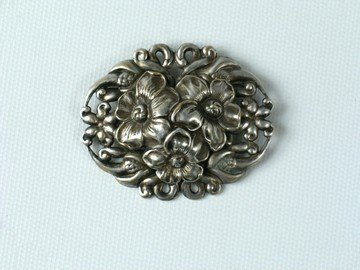 Titanic Floral Pin Jewelry Prop