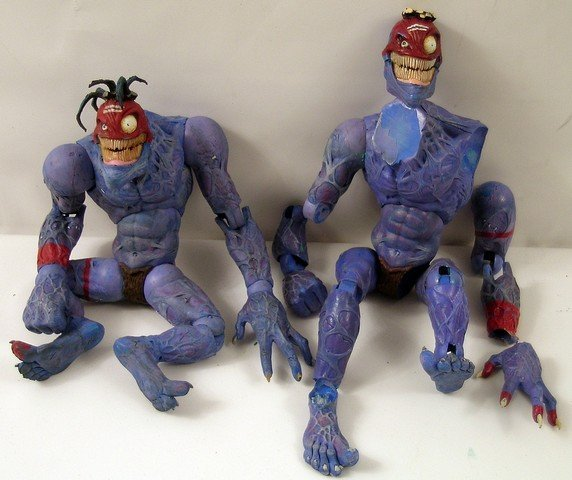 Small Soldiers Insaniac Production Figures