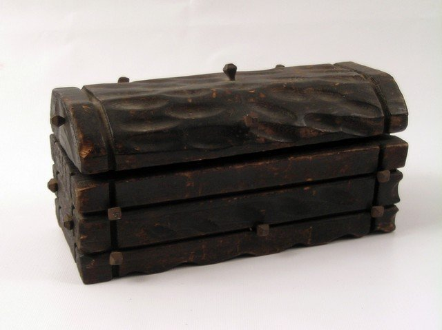 Pirates Of The Caribbean: Dead Man's Chest Wood Chest