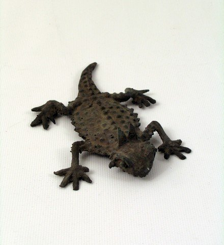 The Addams Family (1991) Metal Lizard Prop