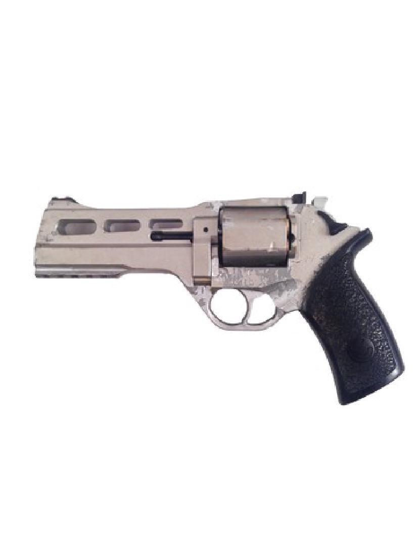 Resident Evil 6 Dr. Isaacs (Iain Glen) Rhino Gun Movie - 2