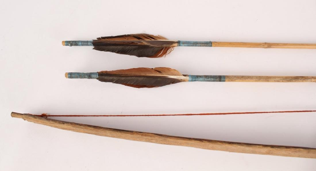 AFRICAN SHORT BOW AND ARROW SET - 3