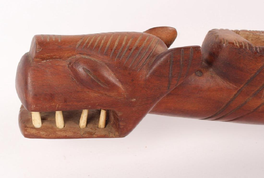 NORTHWEST INDIAN WOOD SERPENT & CLAY MARBLE GAME - 2