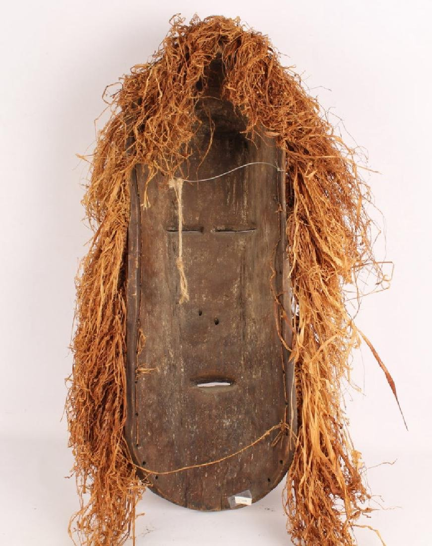 AFRICAN MASK WITH RAFFIA FROM NIGERIA - 2