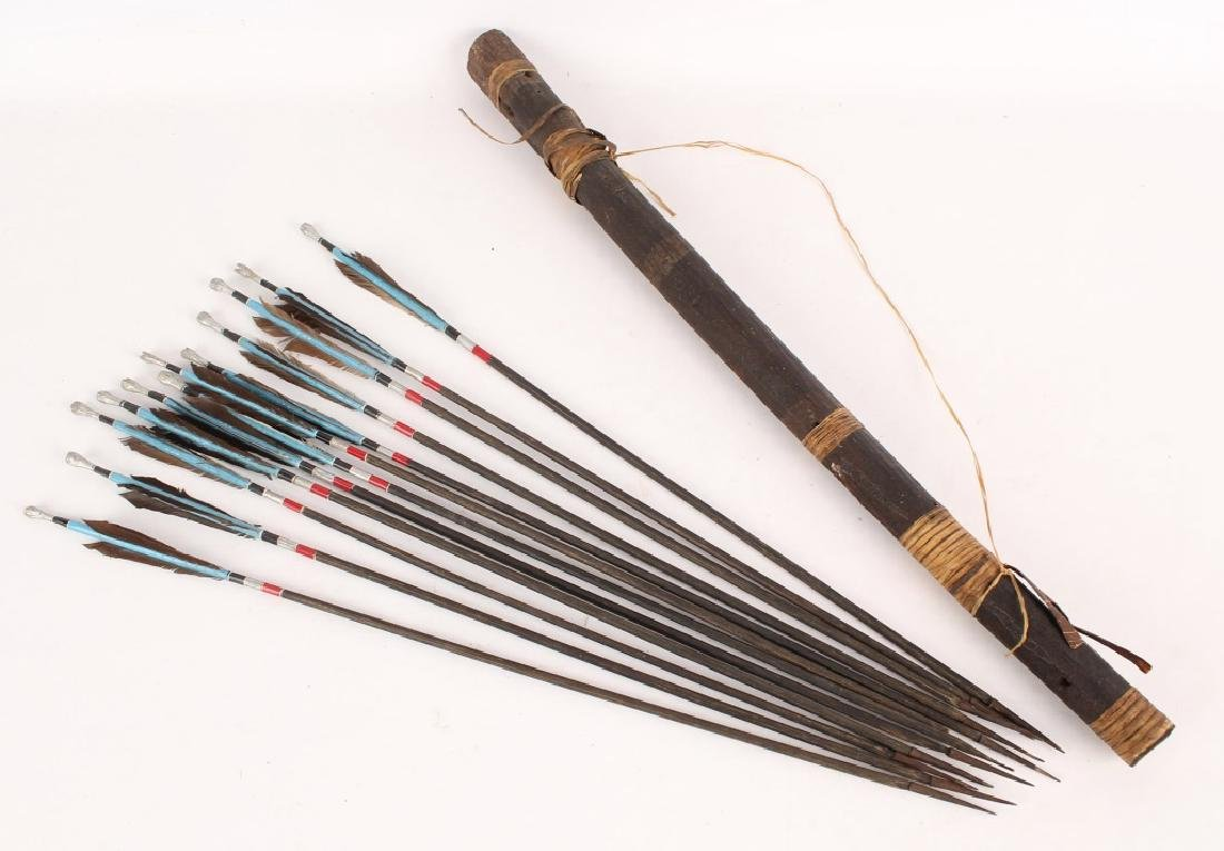 AFRICAN QUIVER & 12 PC PAINTED ARROW SET