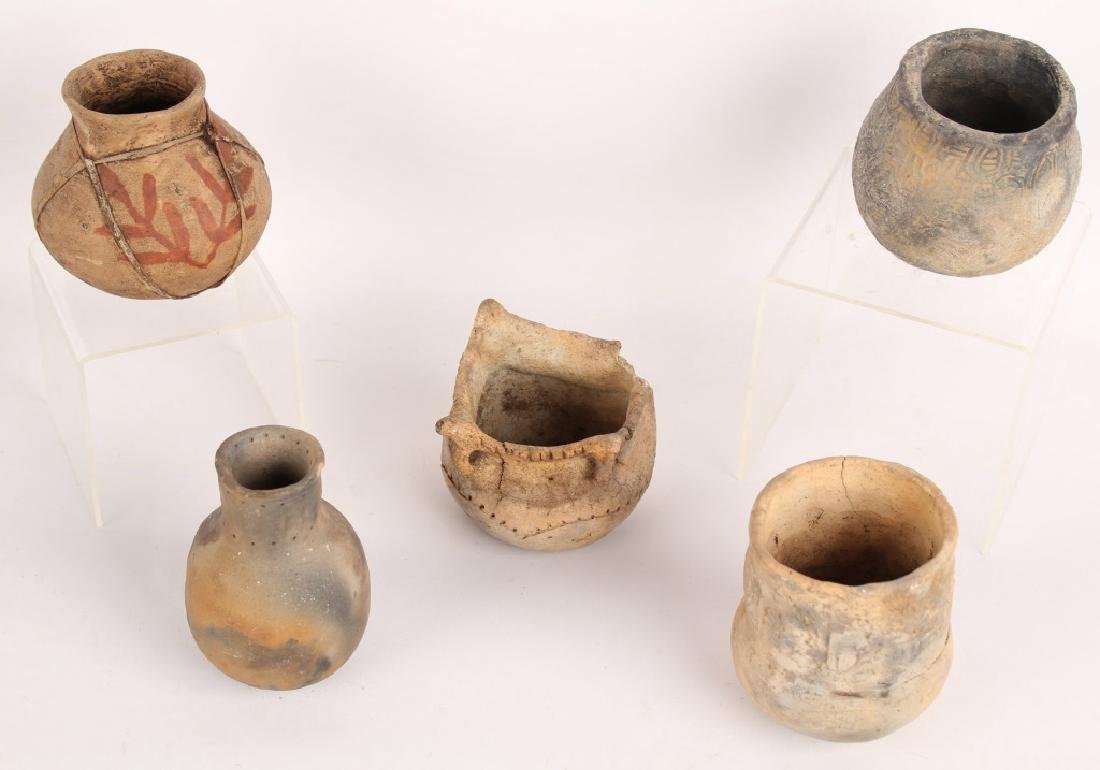 5 PIECES OF EARLY POTTERY