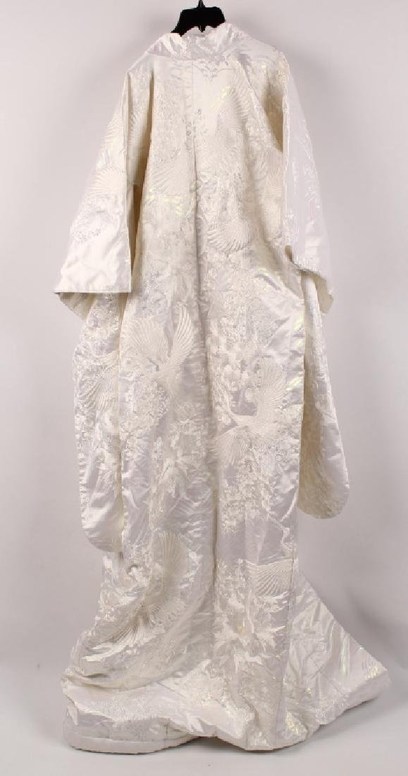 JAPANESE WHITE EMBROIDERY CRANE WEDDING KIMONO - 4