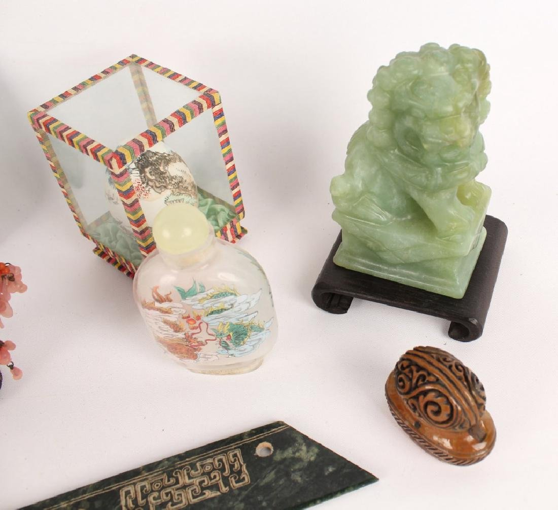 CHINESE COLLECTIBLES - SNUFF BOTTLE FOO DOG & MORE - 2