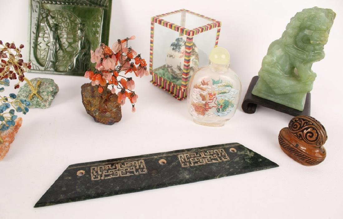 CHINESE COLLECTIBLES - SNUFF BOTTLE FOO DOG & MORE - 4