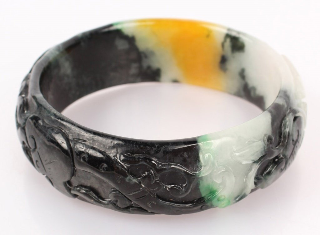 CARVED CHINESE BLACK & YELLOW JADE BANGLE BRACELET - 3