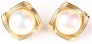 14KT YELLOW GOLD MABE PEARL EARRINGS