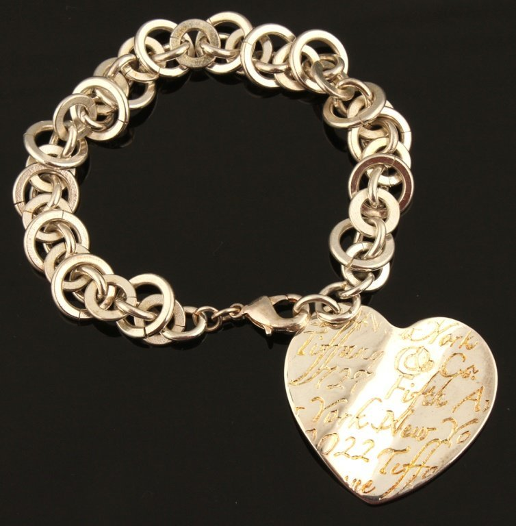TIFFANY & CO. STERLING SCRIPT HEART CHARM BRACELET