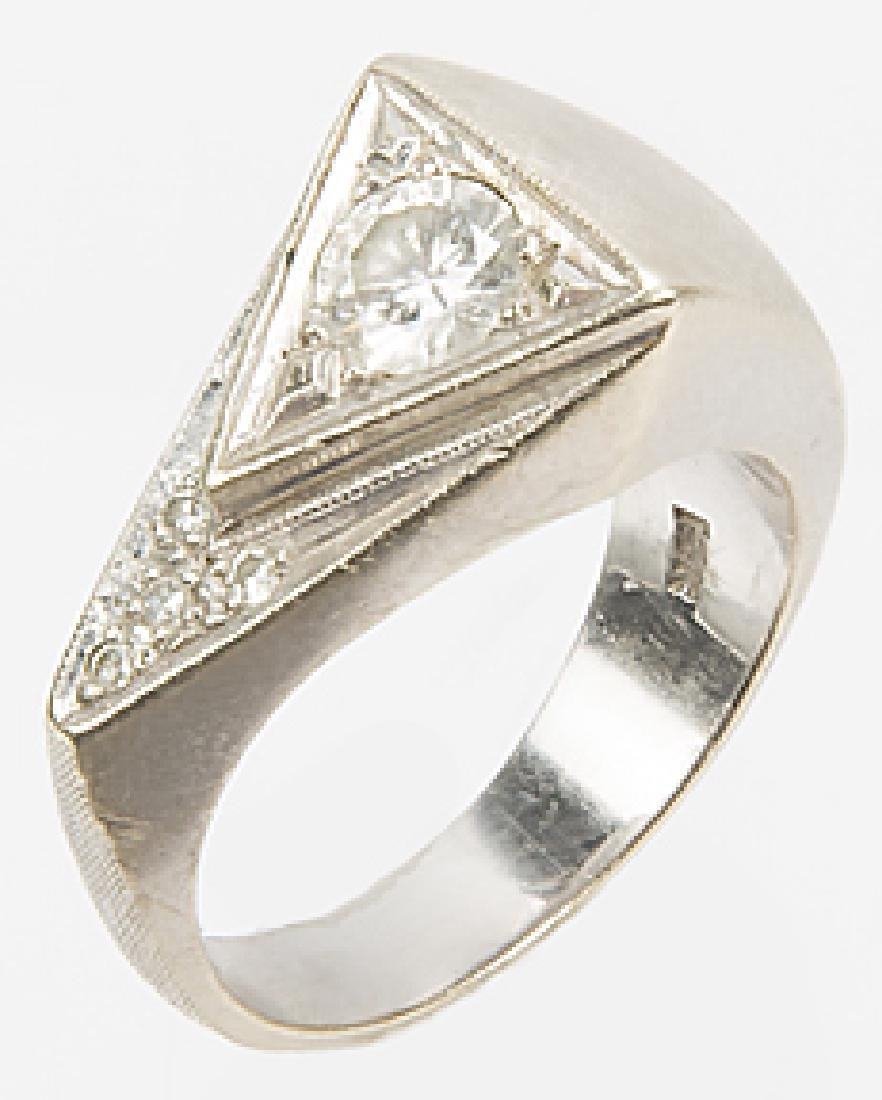 MENS 14K WHITE GOLD TRIANGULAR DIAMOND RING