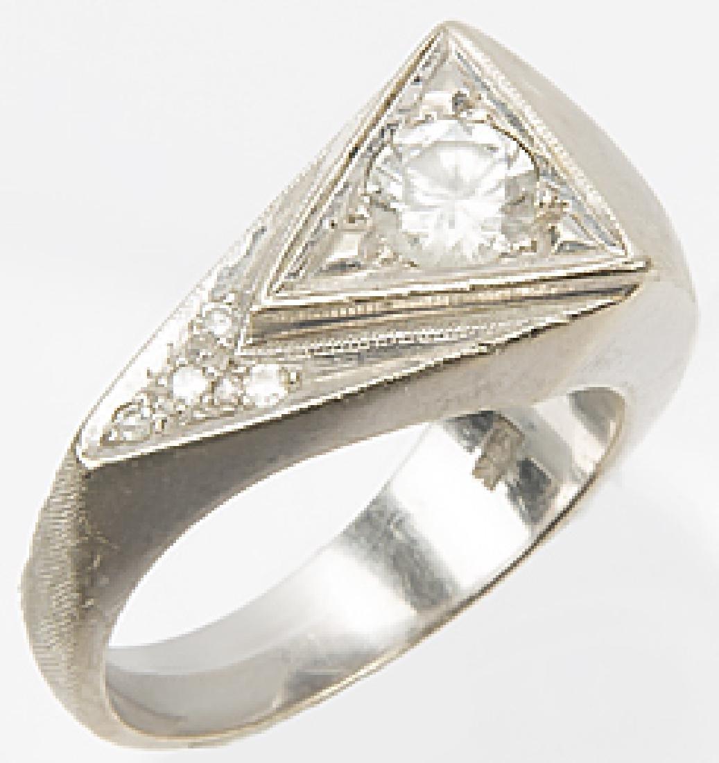 MENS 14K WHITE GOLD TRIANGULAR DIAMOND RING - 2