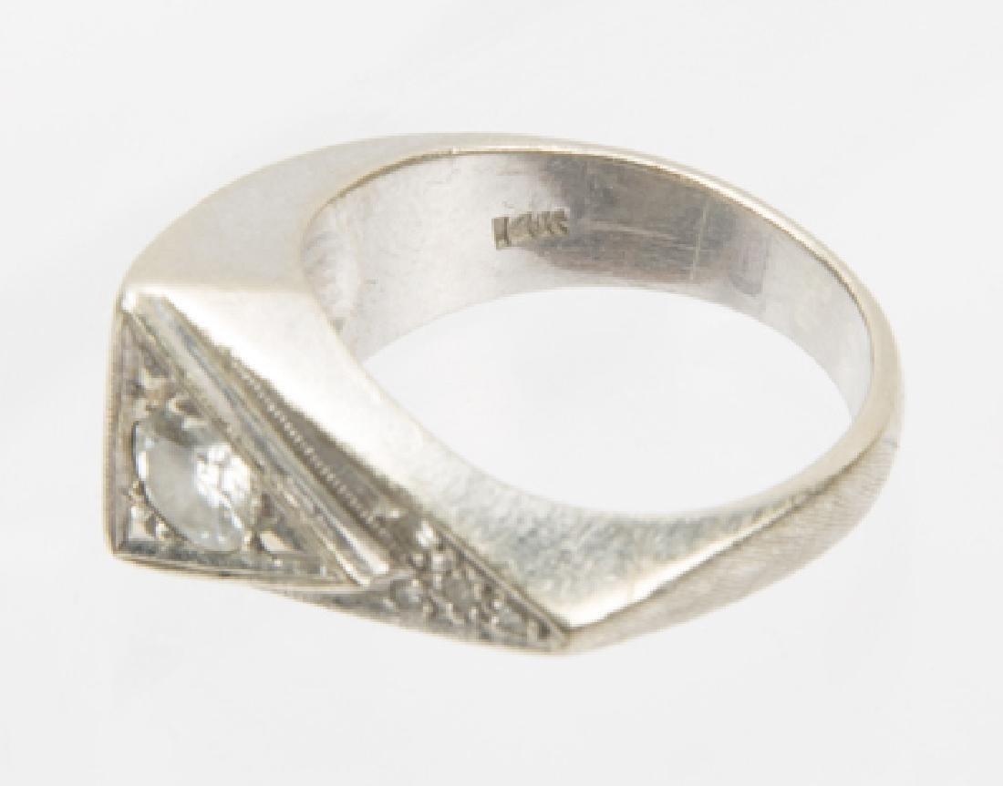 MENS 14K WHITE GOLD TRIANGULAR DIAMOND RING - 6