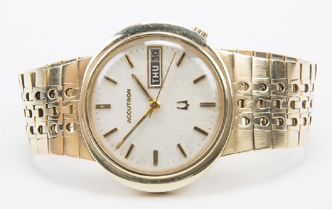 GENTLEMENS SOLID 14K GOLD ACCUTRON BULOVA DAY DATE