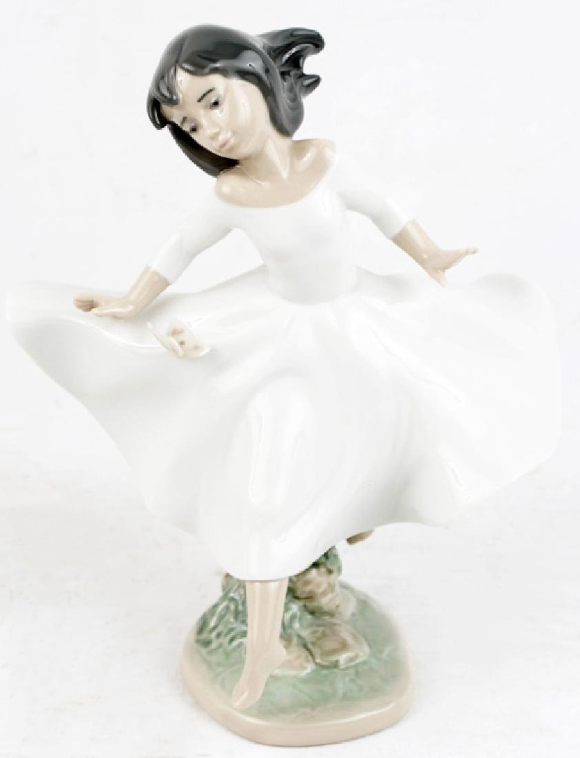 LLADRO PORCELAIN FIGURINE SPIRIT OF YOUTH #06413