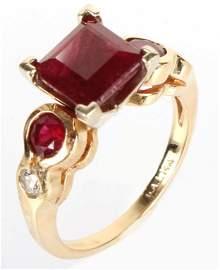 LADIES 14K YELLOW GOLD RUBY DIAMOND FASHION RING