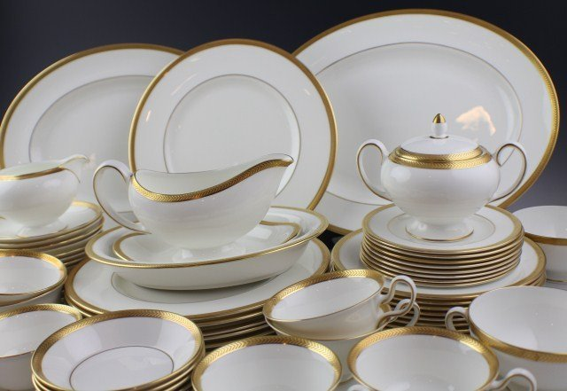 WEDGWOOD SENATOR PATTERN BONE CHINA TEA SET - 2