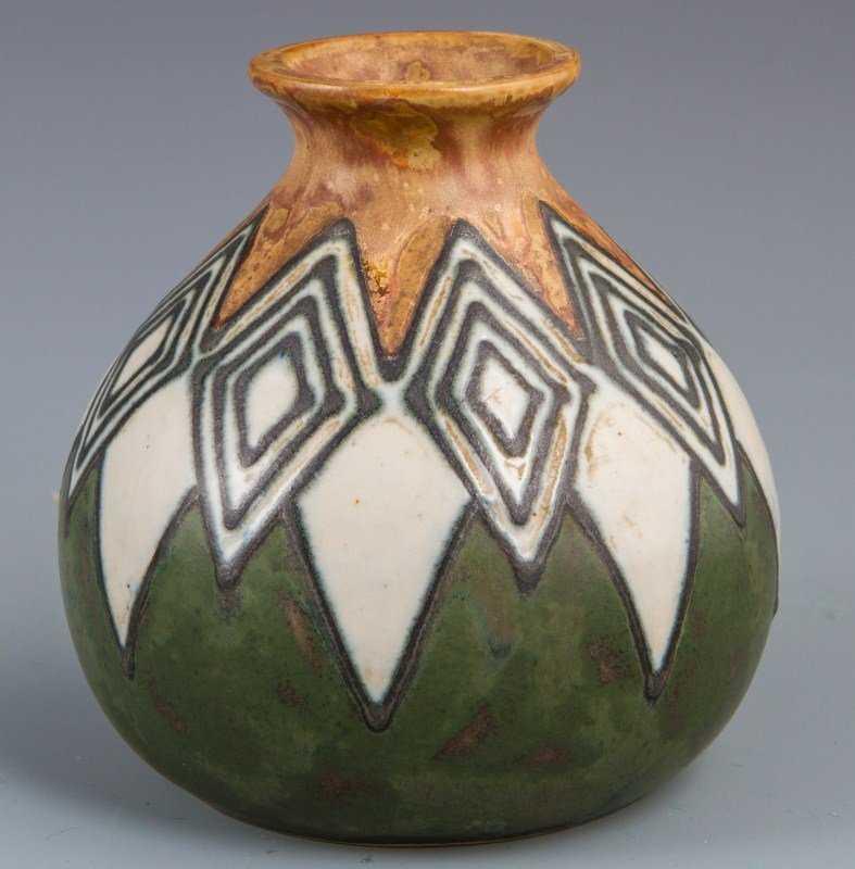 Superb polychrome stoneware vase HB Quimper Odetta naked