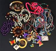 LARGE MIXED LOT LADIES COSTUME JEWELRY 26 PIECES