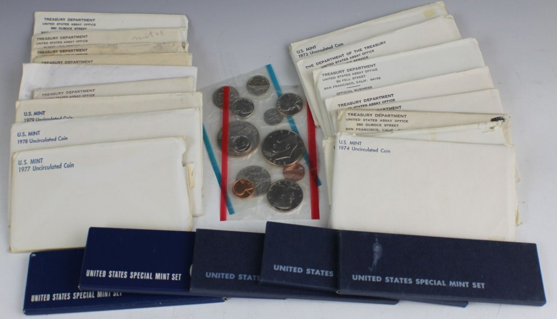 18 US UNCIRCULATED AND SPECIAL SETS 1964 - 1979