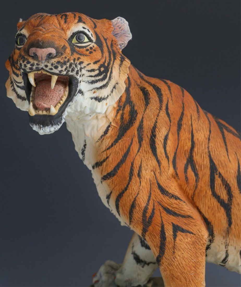 PORCELAIN BENGAL TIGER BY ANDREA FIGURE - 2