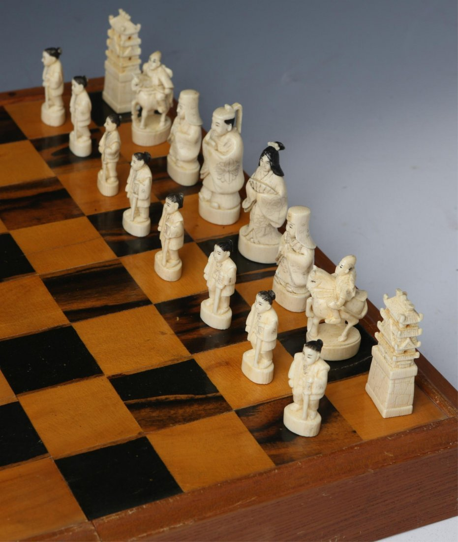 JAPANESE IVORY CHESS SET WITH CASE/BOARD - 2